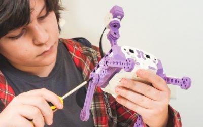 ¡Ahora tus hijos pueden aprender robótica en casa de la mano de Parconier!