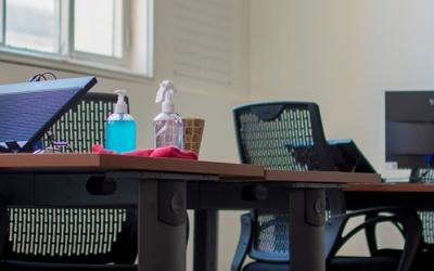 Abstracta inaugura laboratorio de dispositivos móviles en su nueva oficina ubicada en Juan Lacaze