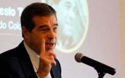 Cuti hace propuestas a los candidatos presidenciales