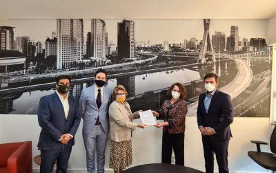 Cuti y el Instituto San Pablo Negocios firmaron acuerdo de cooperación.